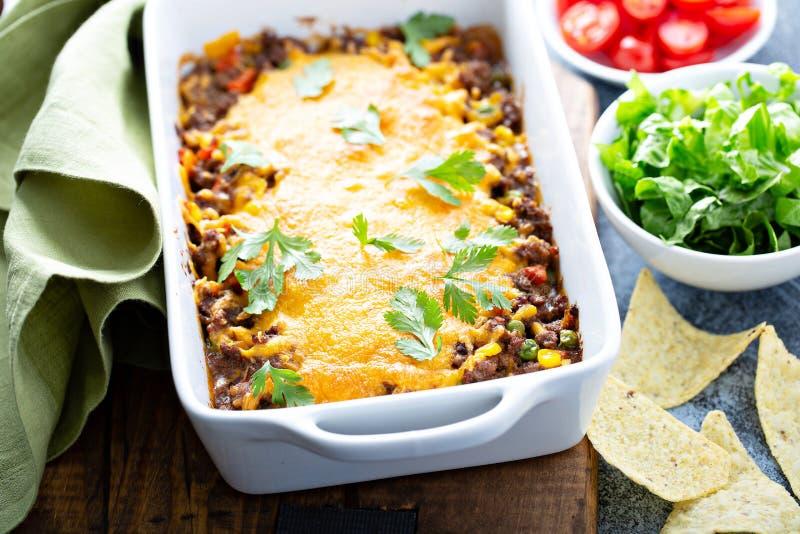 Traditionelle mexikanische Fleischkasserolle stockfotos