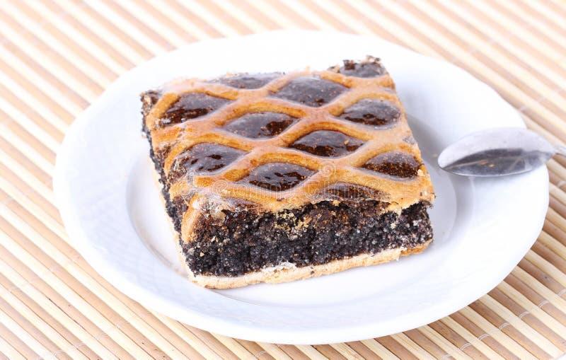 Download Traditionelle Mohntorte Auf Einer Platte Stockbild - Bild von torte, braun: 26352099