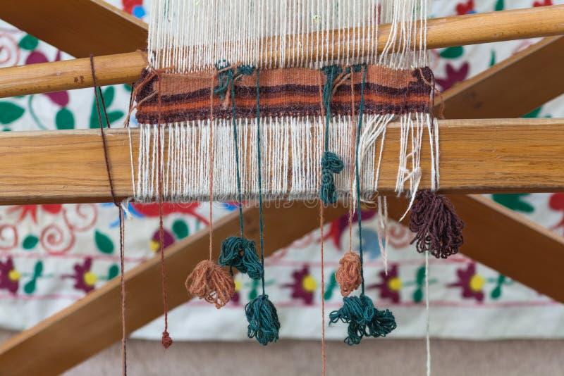 traditionelle, orientalische Wolldecken, Teppiche mit Handgesponnenem und natürlichem d lizenzfreie stockfotos
