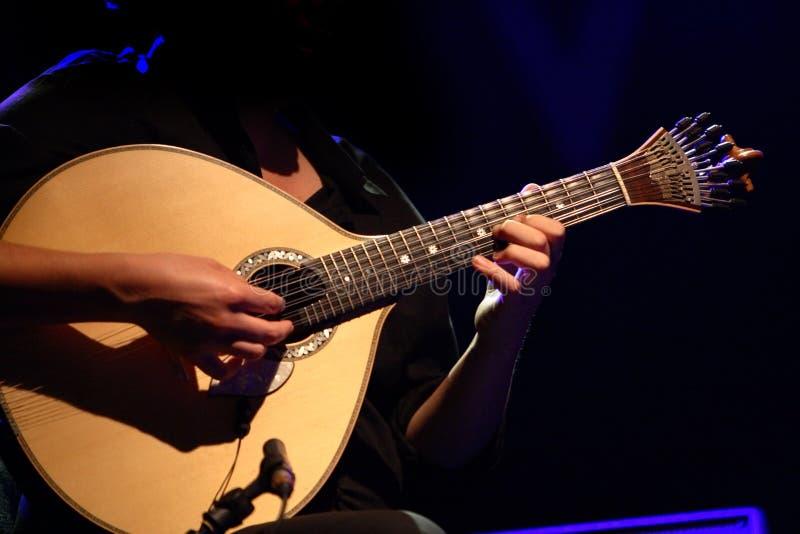 Traditionelle portugiesische Gitarre lizenzfreies stockfoto