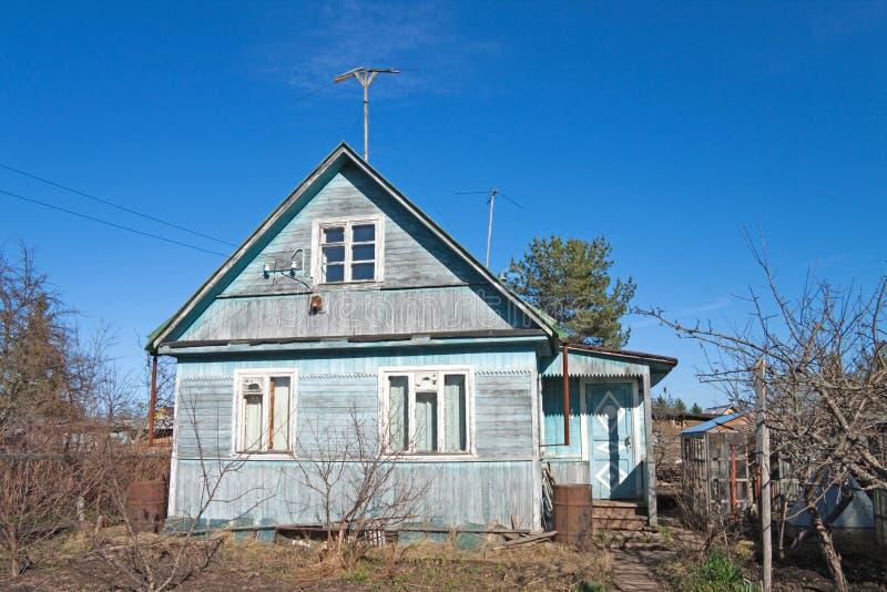Traditionelle russische Datscha stockfotografie