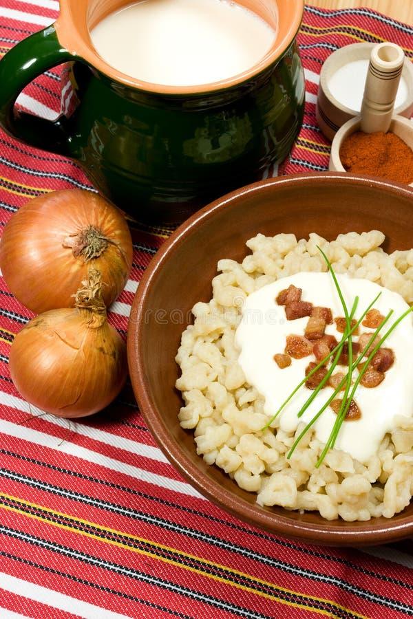 Traditionelle slowakische Nahrung stockbild