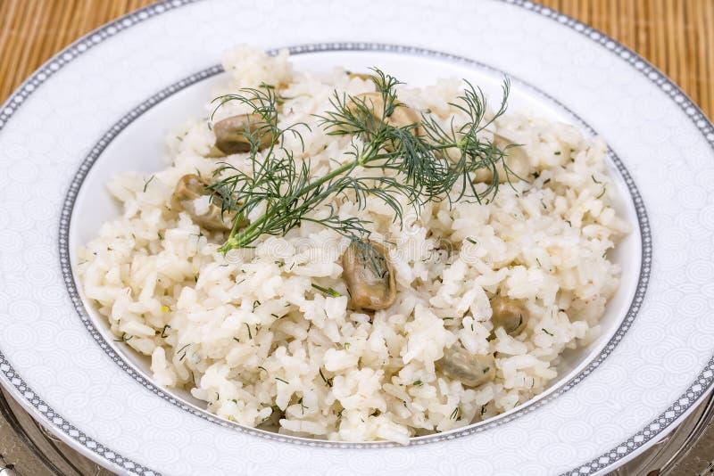 Traditionelle t?rkische Nahrungsmittel; Gem?sereis Baklali Pilav stockbilder