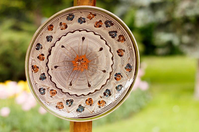 Traditionelle Tonwaren von Rumänien stockbilder