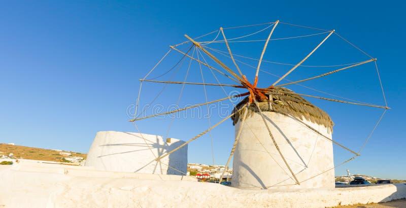 Traditionelle Windmühle in Mykonos lizenzfreies stockfoto