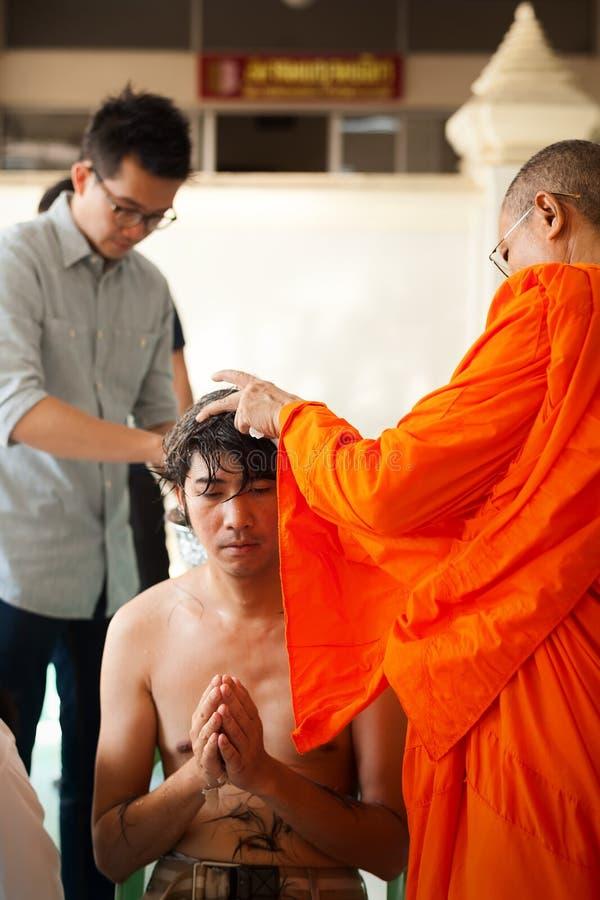 Traditioneller Buddhismus Thailand der Nagaklassifikations-Zeremonie stockbilder