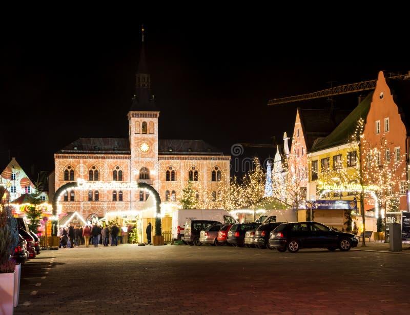 Traditioneller deutscher Weihnachtsmarkt stockbild