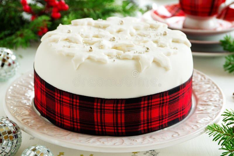 Traditioneller Weihnachtsfruchtkuchen lizenzfreies stockbild