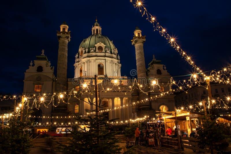 Traditioneller Weihnachtsmarkt in Wien/in Österreich stockfotografie