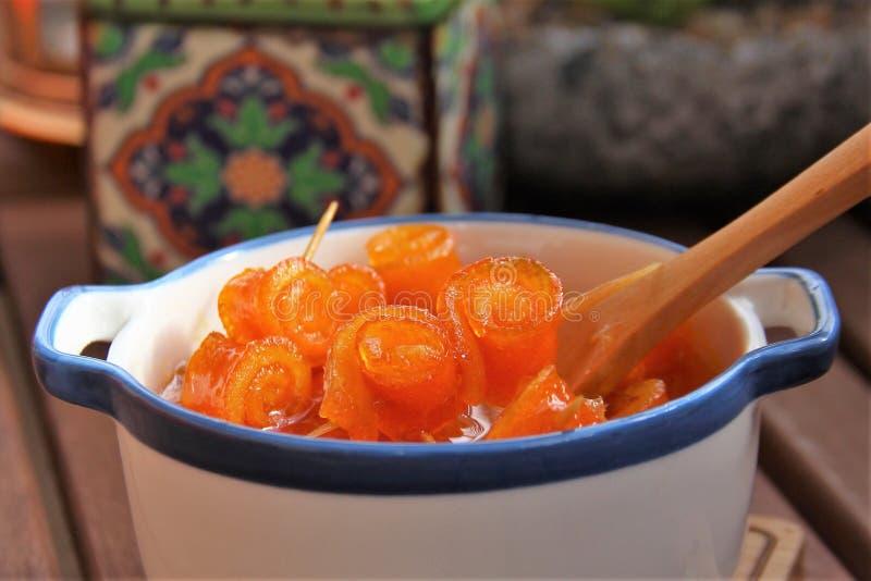 Traditioneller Zitrusfruchtstau stockbild