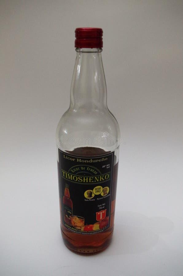 Traditionelles Alkoholgetränk Timoshenko Honduras - Seitenansicht - horizontales Bild stockbild