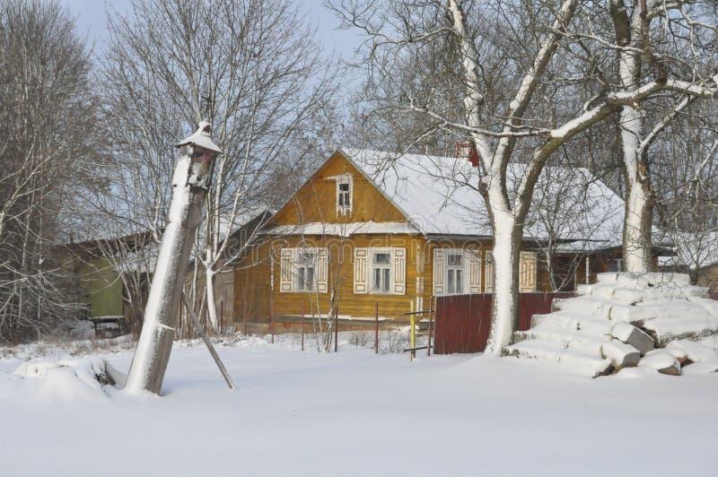 Traditionelles altes Dorfhaus in Polen lizenzfreie stockfotografie