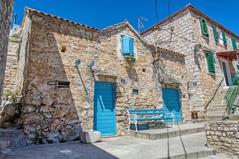 Traditionelles altes Haus in Solta-Insel, Kroatien stockbilder