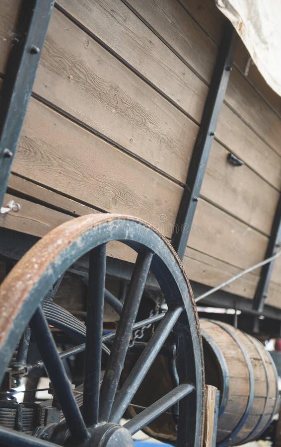 Traditionelles altes Verkehrsmittel des Pferdewagens lizenzfreies stockbild