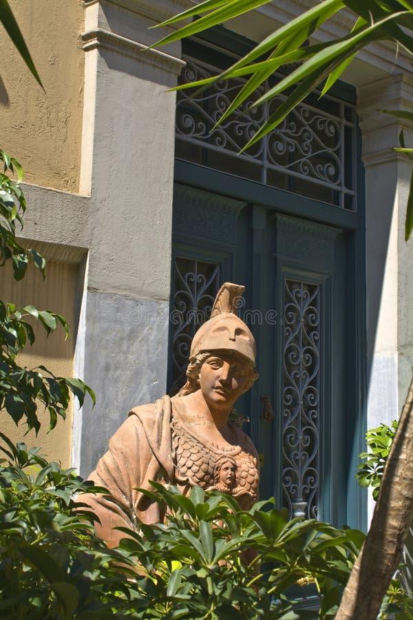 Traditionelles Haus in Athen, Griechenland lizenzfreie stockbilder