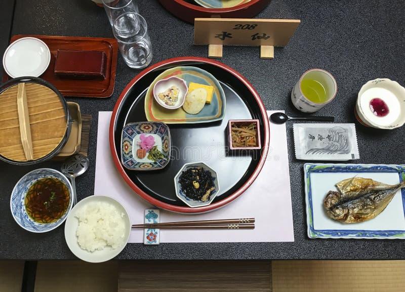 Traditionelles japanisches ryokan Frühstück Hakone stockfoto