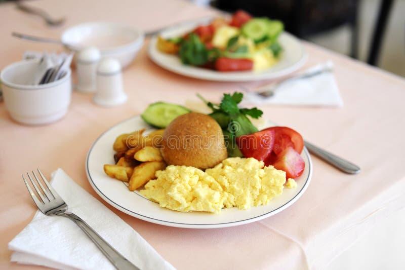 Traditionelles köstliches Frühstück lizenzfreie stockfotos