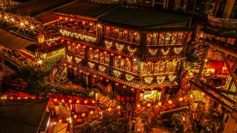 Traditionelles Teehaus von Jiufen in Taiwan bis zum Nacht lizenzfreies stockbild