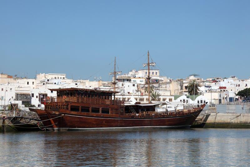 Traditionellt fartyg i Rabat, Marocko royaltyfri foto