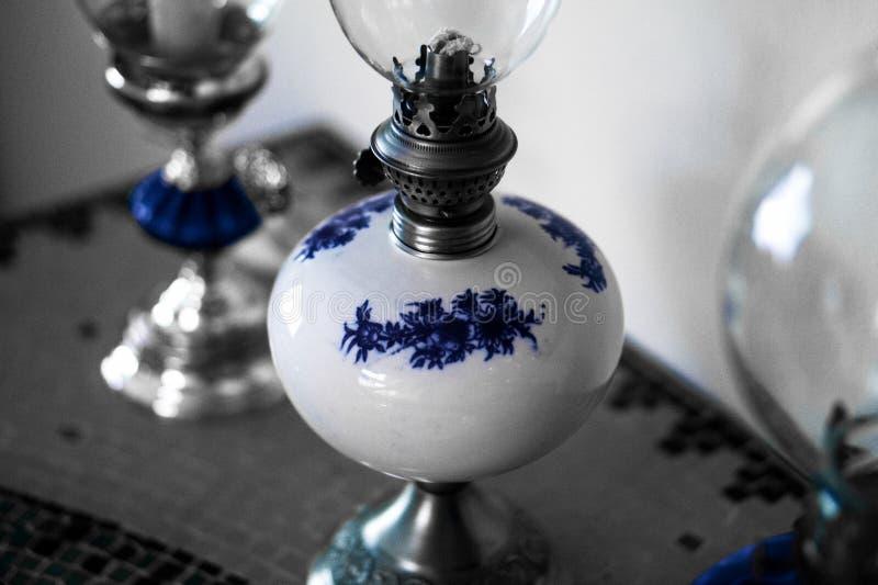 Traditionellt gammalt ljus med bensin royaltyfri foto