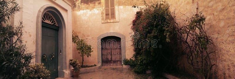 Traditionellt hem i Mdina royaltyfri fotografi