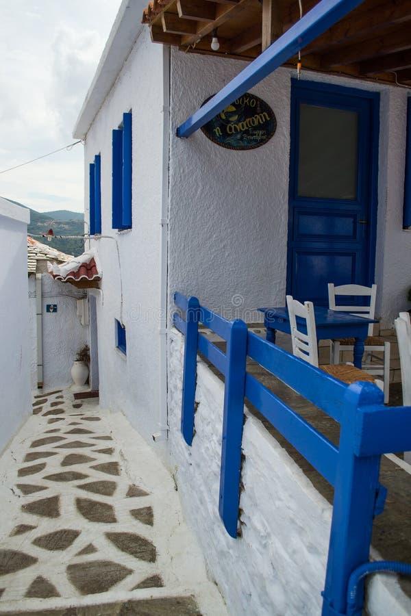 Traditionellt hus för Skopelos ö arkivbilder