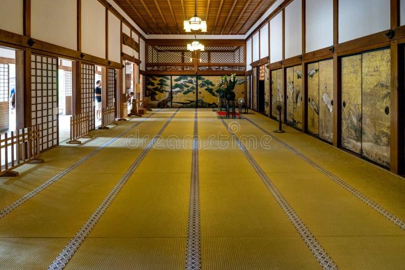 Traditionellt japanskt rum för Ohiroma rum med Tatami fotografering för bildbyråer