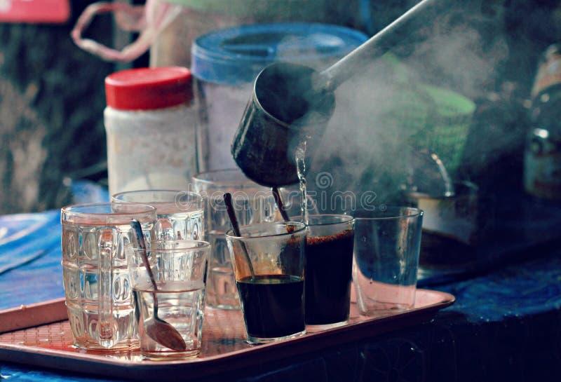 Traditionellt Laos kaffe royaltyfri bild
