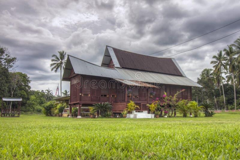 Traditionellt malajiska hus i Malaysia royaltyfri fotografi