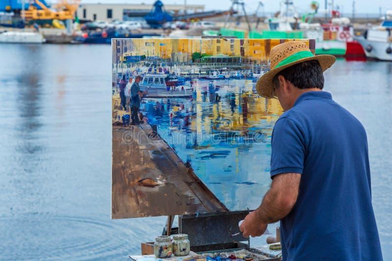 Traditionnel décrivez rapidement la concurrence de halètement dans une petite ville espagnole Palamos en Costa Brava 03 06 L'Espa image stock