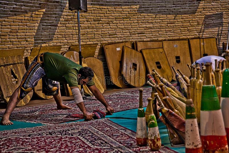 Tradizione iraniana antica di Zurkhaneh immagine stock