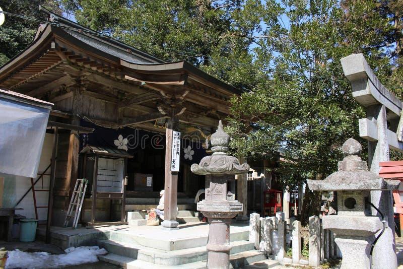 Tradução: em torno do ` do santuário de Onechi do ` no Mt Onechi em Iizuka, foto de stock