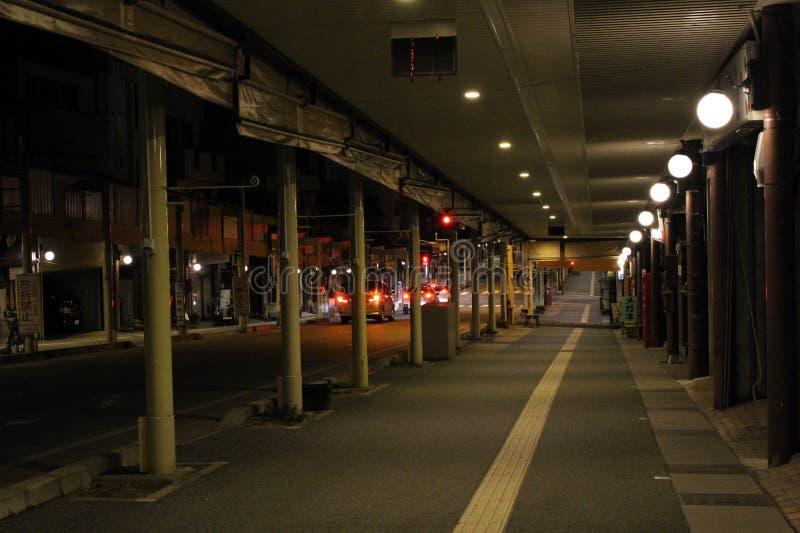 Traduzione: Sanmachi alla notte, la vecchia città di Takayama fotografia stock libera da diritti