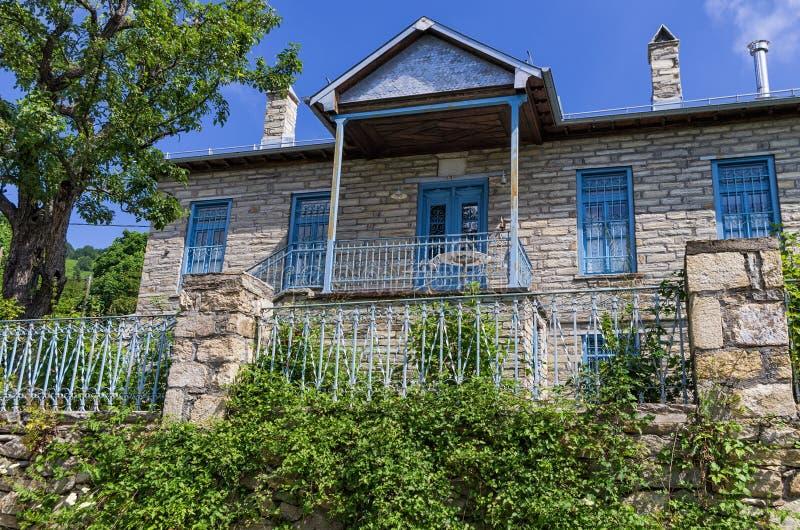 Tradycyjna architektura w Nimfaio wiosce, Florina, Grecja obraz royalty free