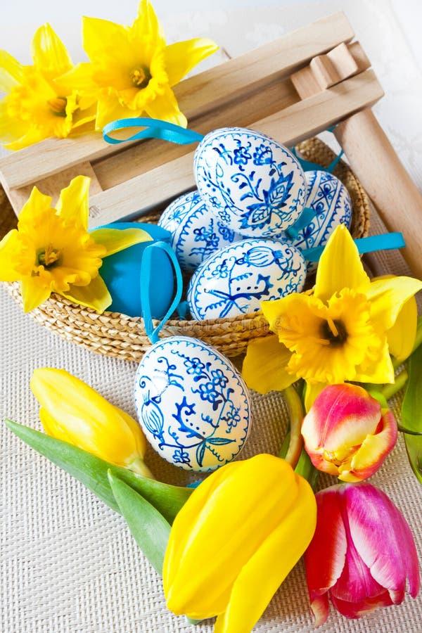 Tradycyjna czecha Easter dekoracja - dzielnicowy drewniany stopniowo zmieniać zdjęcie stock