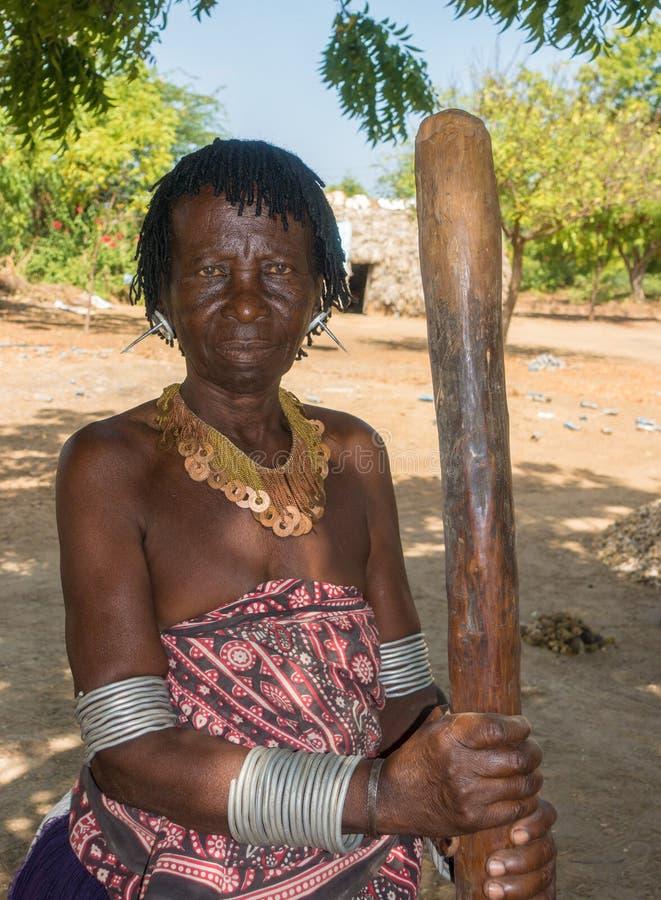 Tradycyjna Giriama plemienia kobieta Kenja obrazy royalty free