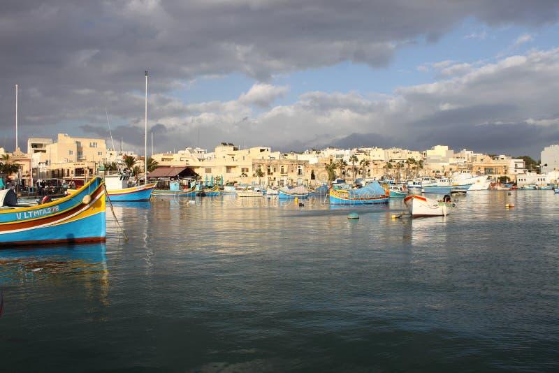 Tradycyjna maltese łódź rybacka w Marsaxlokk zdjęcie stock