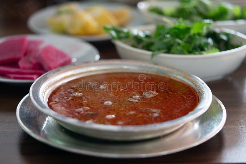 Tradycyjna turecka mięsna polewka zdjęcie royalty free