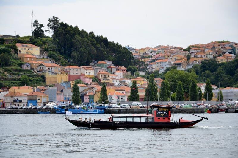 Tradycyjna turystyczna łódź na Douro rzece fotografia stock