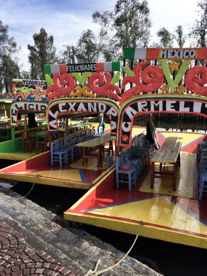 Tradycyjne łodzie w Xochimilco, Meksyk zdjęcia royalty free