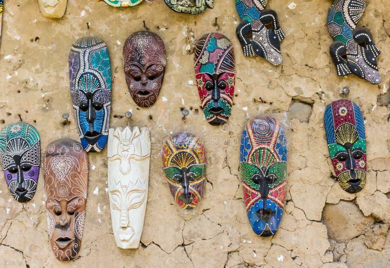 Tradycyjne balijczyk maski przy pamiątkarskim sklepem w Tenganan villag obrazy royalty free