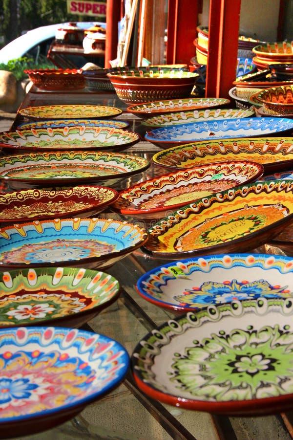Tradycyjni Bułgarscy ceramiczni talerze fotografia royalty free
