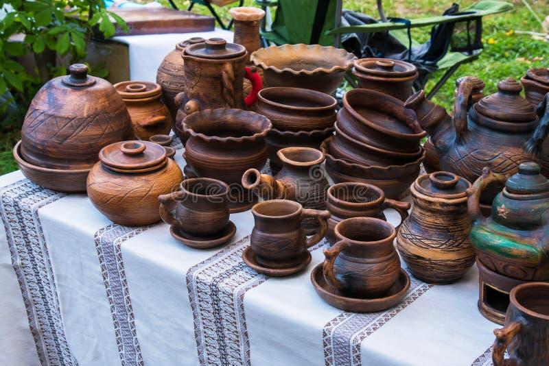 Tradycyjni ceramiczni produkty, handmade pami?tki zdjęcia stock