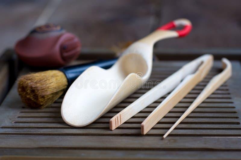 Tradycyjni chińskie herbacianej ceremonii akcesoria zdjęcia stock