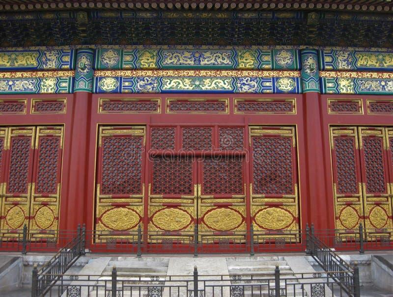 Tradycyjni drzwi w Pekin Chiny obrazy stock