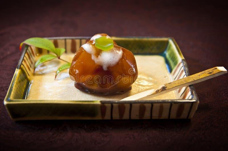 Tradycyjni japońscy cukierki - cisawy praline z polewą fotografia royalty free