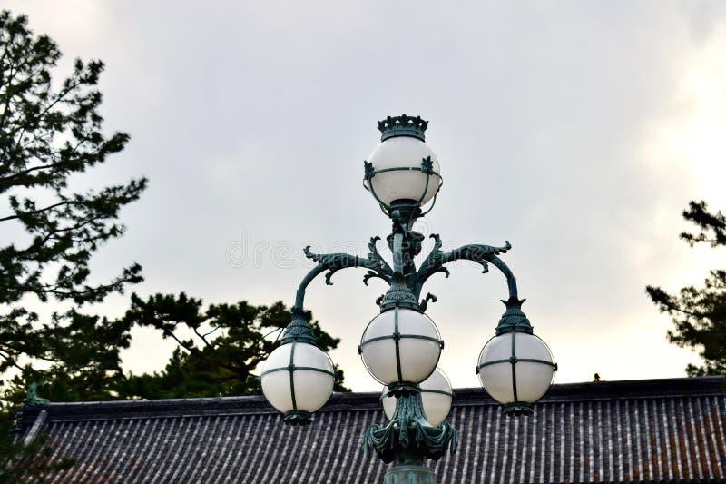 Tradycyjni retro światła Cesarski pałac, Japonia Tokio zdjęcia royalty free