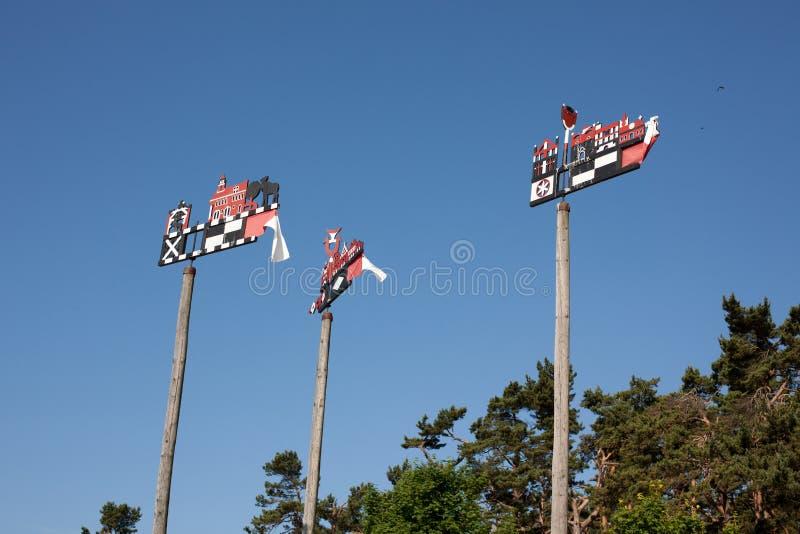 Tradycyjni rzeźbiący wiatrowskazy zdjęcia stock