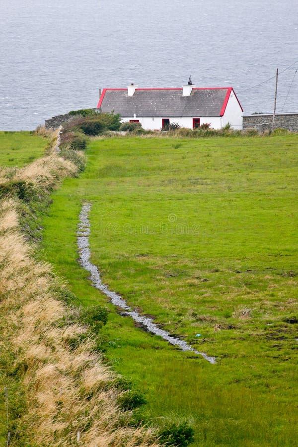 Tradycyjny chałupa dom za zachód od Irlandia, zdjęcia royalty free