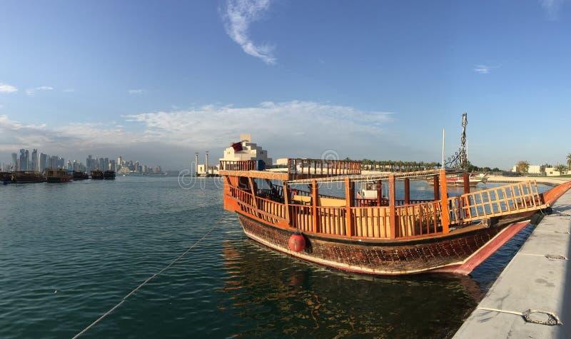 Tradycyjny Dhow, Arabski żeglowania naczynie zdjęcie royalty free
